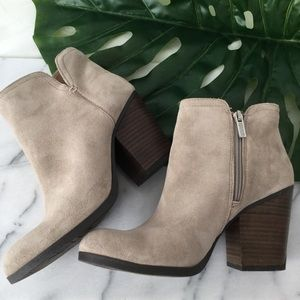 Kenneth Cole Suede Ankle Boots Neutral Booties